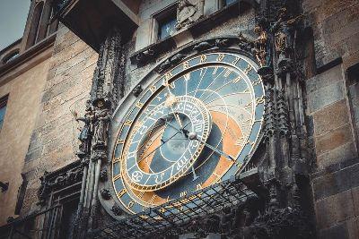 Staroměstské náměstí s Orlojem