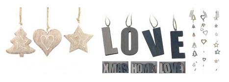 Dřevěné girlandy a závěsy s vánočními motivy budou vaše vašem interiéru vypadat velmi útulně.